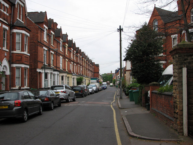 Beech Avenue - looking west