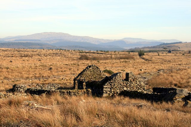 Ruined building at Graigddu-isaf