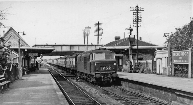 All Out Diesel >> Highbridge Station, with Diesel-hauled... © Ben Brooksbank ...
