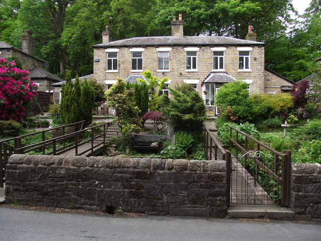 Houses at Barrow Bridge