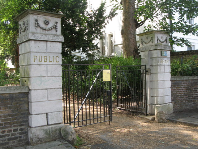 The gates of The Manor House, Old Road, SE13