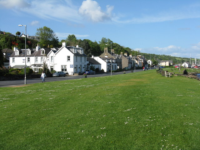 Main Street, Lamlash - the A841