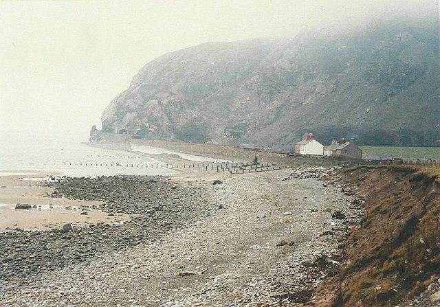 Картинки по запросу Hostel near the Sea