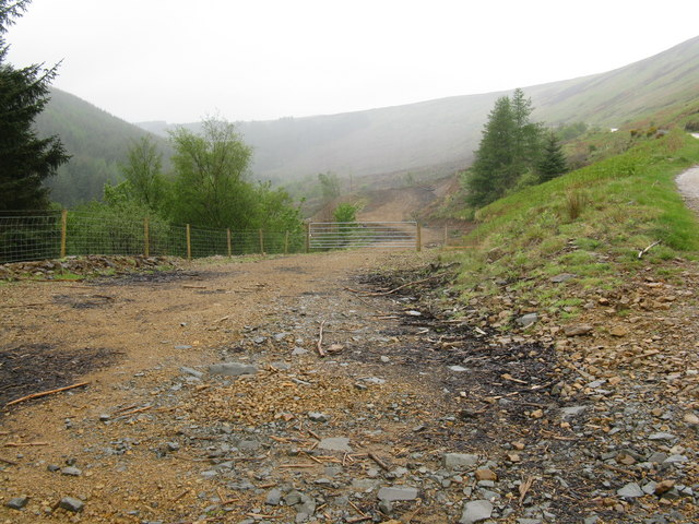 Access to Monamore Glen