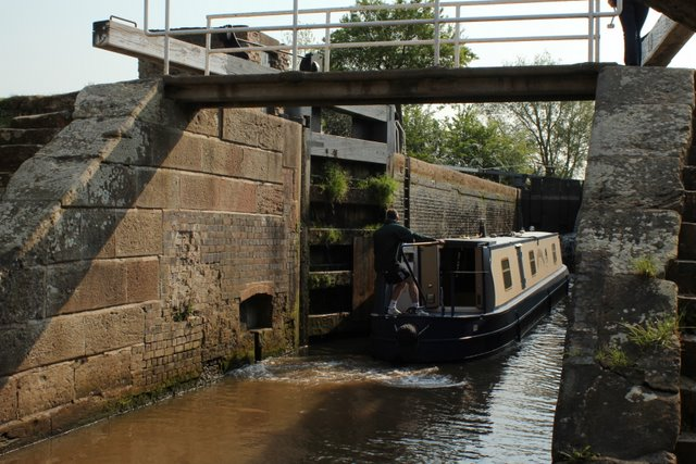 Narrow Boat Entering Wharton's Lock