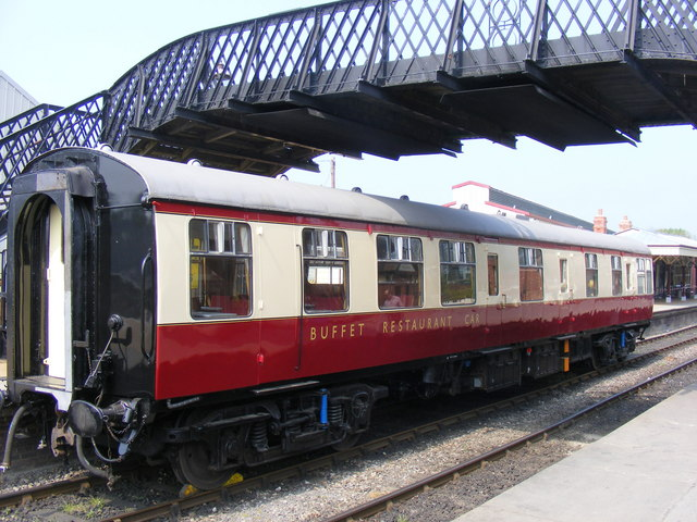 Buffet Restaurant Car  S1674