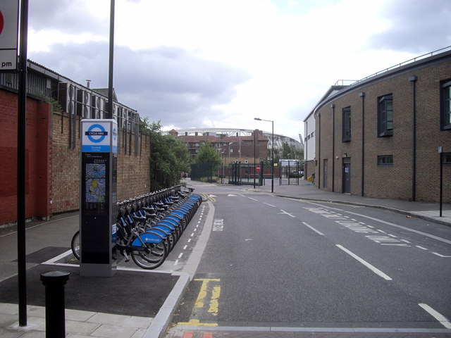 Barclays Cycle Hire Docking Station, Oval Way