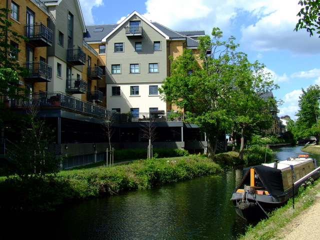 New flats by the River Stort