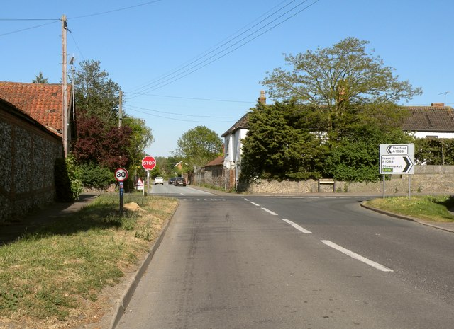 Crossroads in Honington village