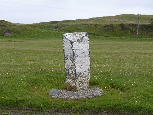 Milestone, west end of Uiskentuie Strand, Islay