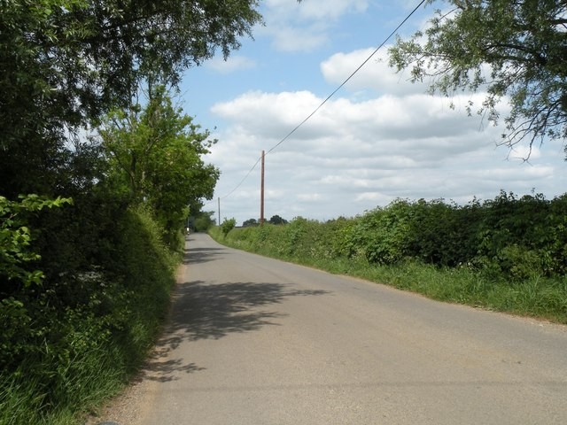 Wattisfield Road, heading towards Wattisfield