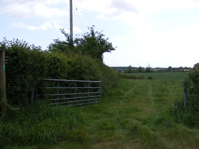 Footpath to Merton Farm