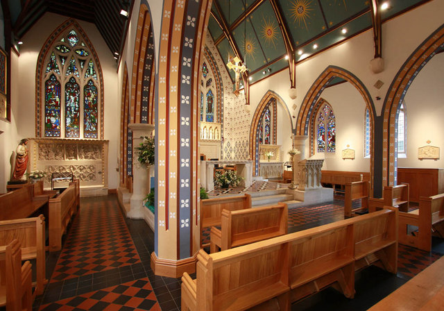St Thomas of Canterbury, Rylston Road, Fulham - North aisle