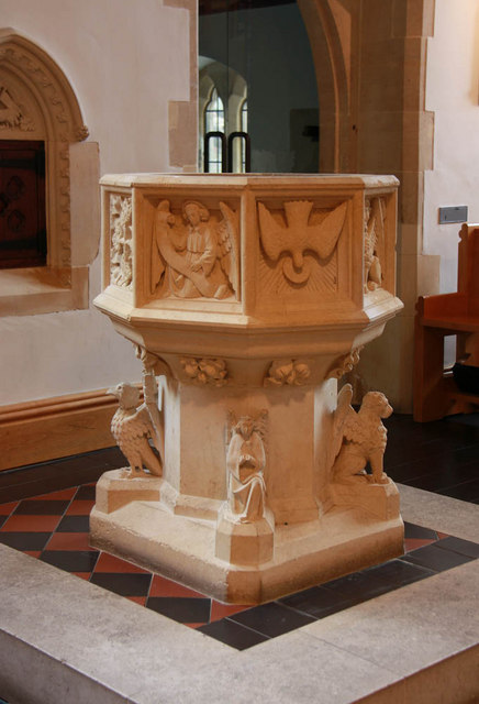 St Thomas of Canterbury, Rylston Road, Fulham - Font