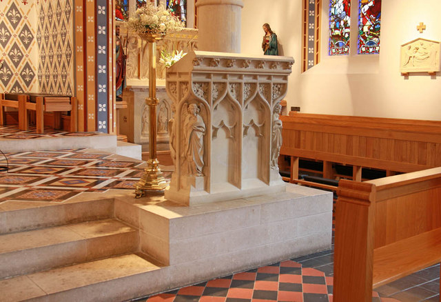 St Thomas of Canterbury, Rylston Road, Fulham - Pulpit