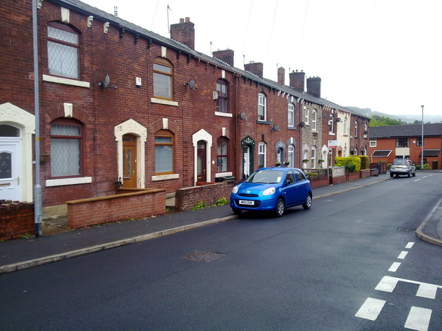 Travis Street, Shaw and Crompton