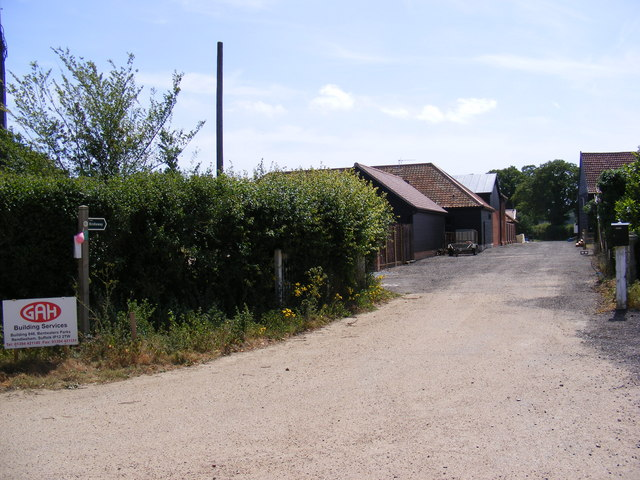 Bridleway & entrance to Stone Farm