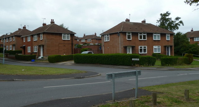 Houses by Calow Lane