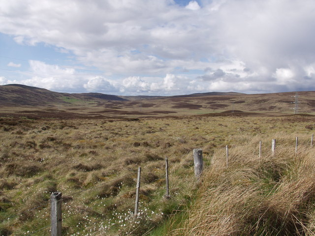The watershed (199 m) west of Beinn Domhnaill