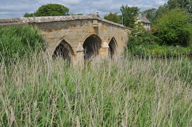 Old Radcot Bridge