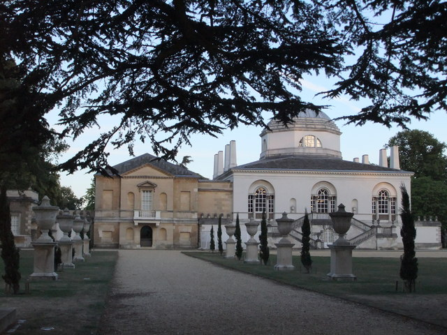 Chiswick House at dusk