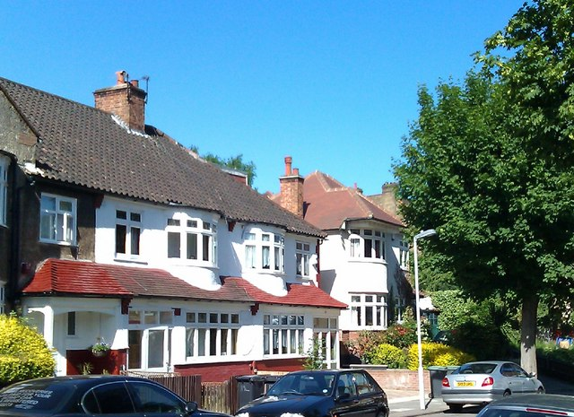 Suburban housing, Boveney Road