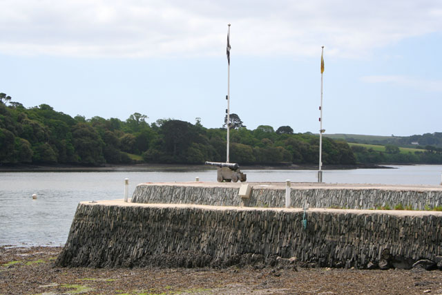 Private harbour wall, Antony Passage