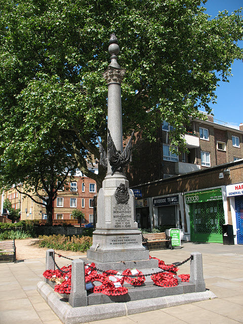 West Lane war memorial