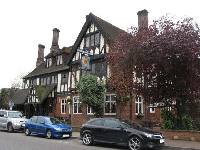 The Daylight Inn, Station Square, Petts Wood, BR5 (2)