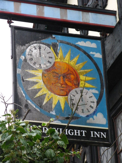 Sign for The Daylight Inn, Station Square, Petts Wood, BR5