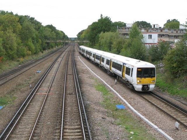 Railway lines northwest of Petts Wood station