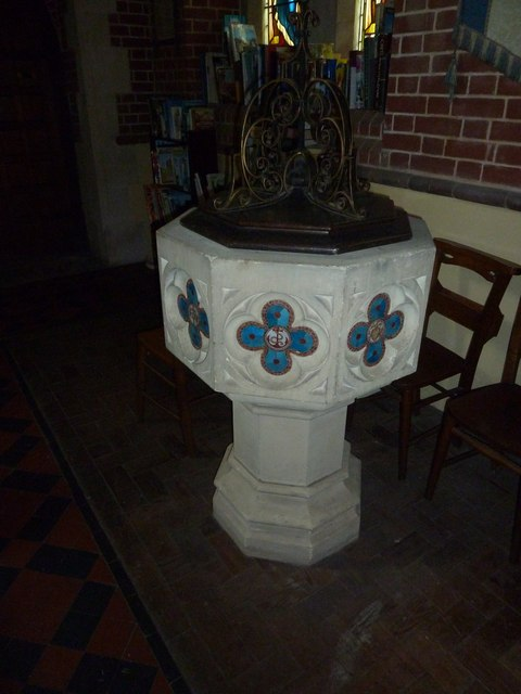 St Mary the Virgin, Preston Candover: font