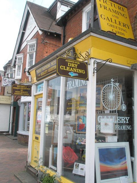 Ubiquitous shop in Botley High Street