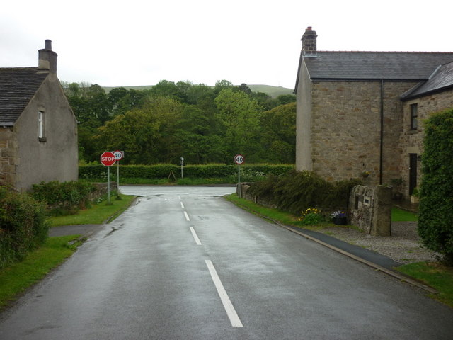 Thornhill Lane leading to Hope Road