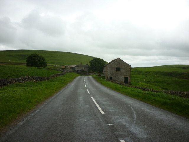 Looking towards Oxlow House