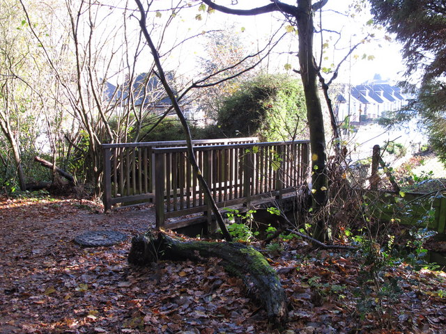Footbridge over the Kyd Brook - East Branch, west of St. Thomas' Drive, BR5