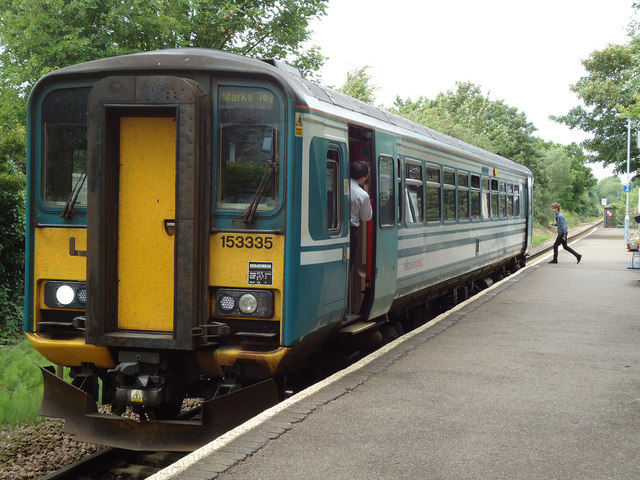 Train at Bures
