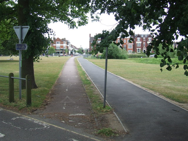 Cycle route on Clapham Common