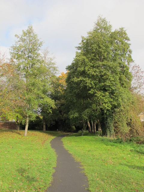 Footpath by the Kyd Brook - East Branch, north of Crofton Road (A232), BR6