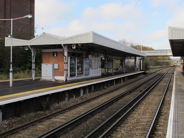Petts Wood station (2)