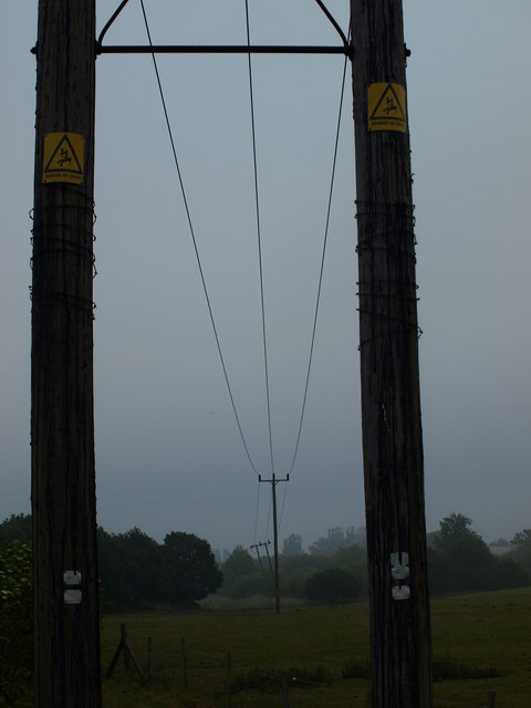 Power lines near Clophill