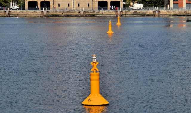 Navigation lights, Belfast