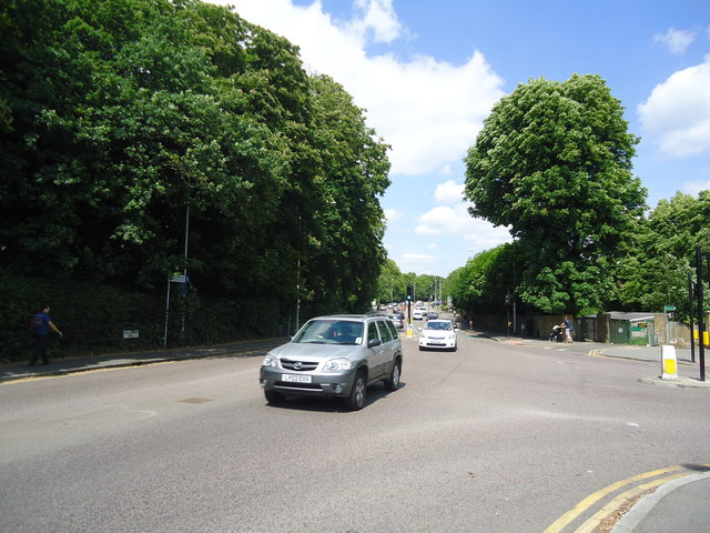 Hollybush Hill. Snaresbrook
