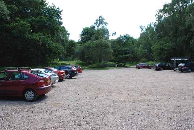 7 Springs, View Through Car Park to Picnic Area.