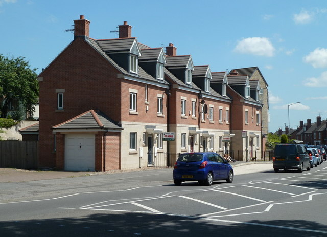 New houses on Chatsworth Road