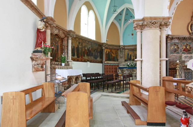 St Francis of Assisi, Pottery Lane - North aisle