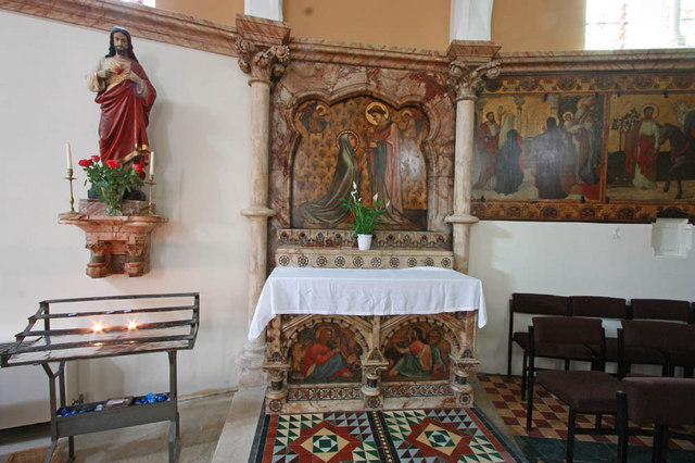 St Francis of Assisi, Pottery Lane - North chapel