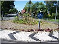 SD6203 : Mini-roundabout on the A577 at Hindley by Raymond Knapman