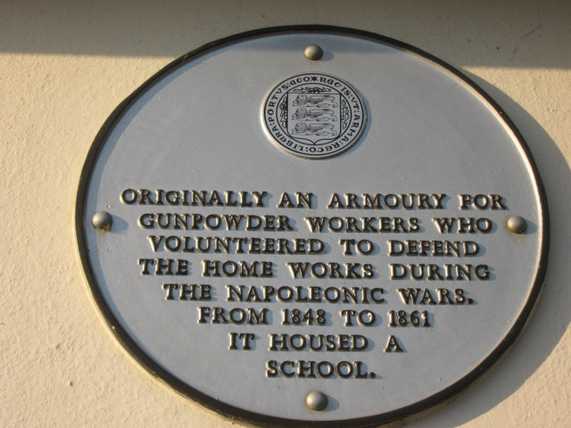 Faversham Society Plaque on Stonebridge Lodge