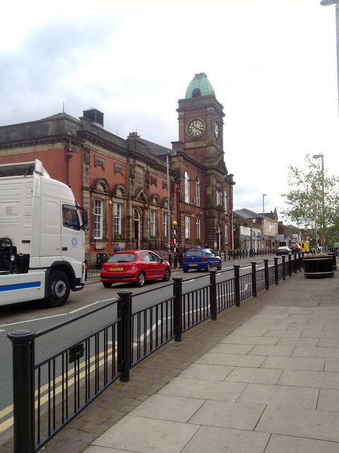 Royton Library and Royton Town Hall